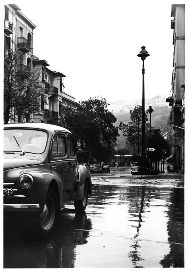la rue de la gare dans les ann es 1950 4 chevaux la carte postale du jour monaco ma ville. Black Bedroom Furniture Sets. Home Design Ideas