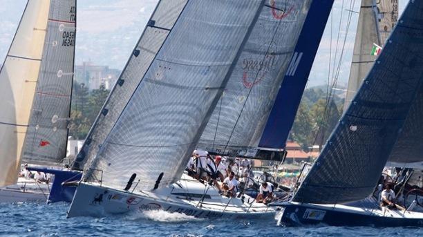 Palermo montecarlo actus photos yacht club de monaco for Monte carlo yacht club